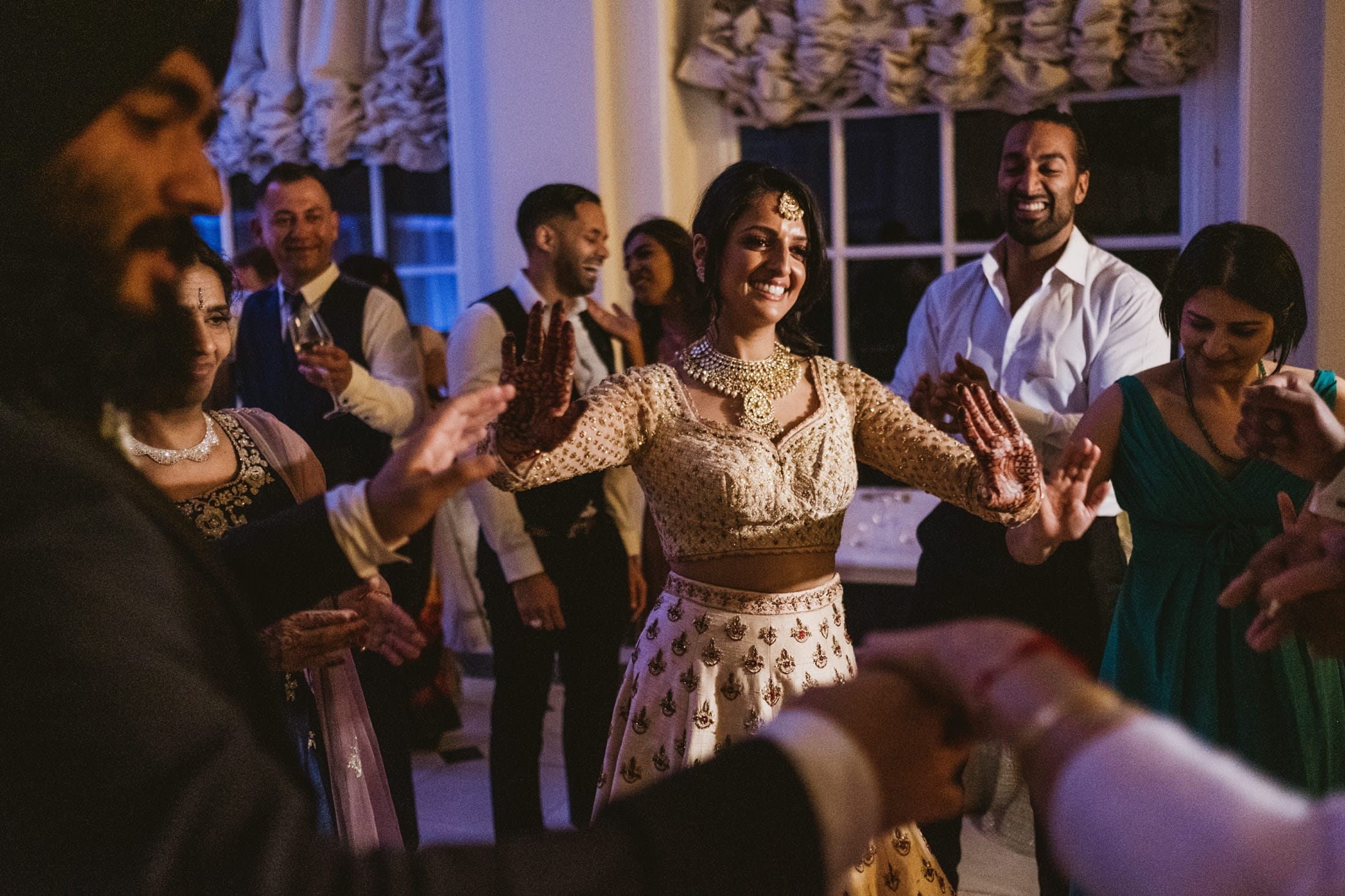 Bride dancing at Blenheim Palace