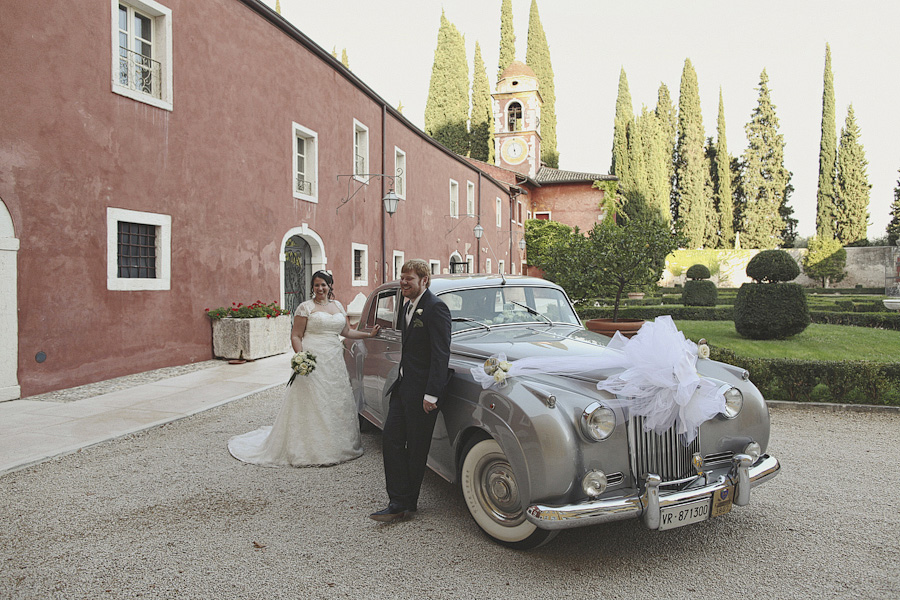 Casa degli Spiriti wedding car