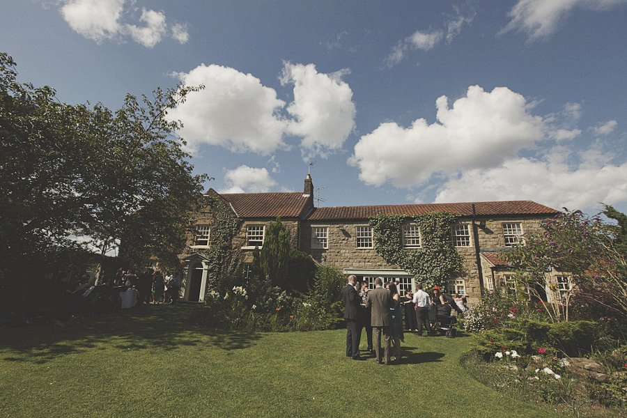 tea-and-cake-british-wedding-9