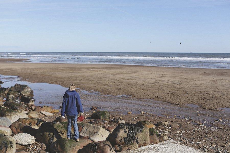 Sandsend-beach-portraits-family-1