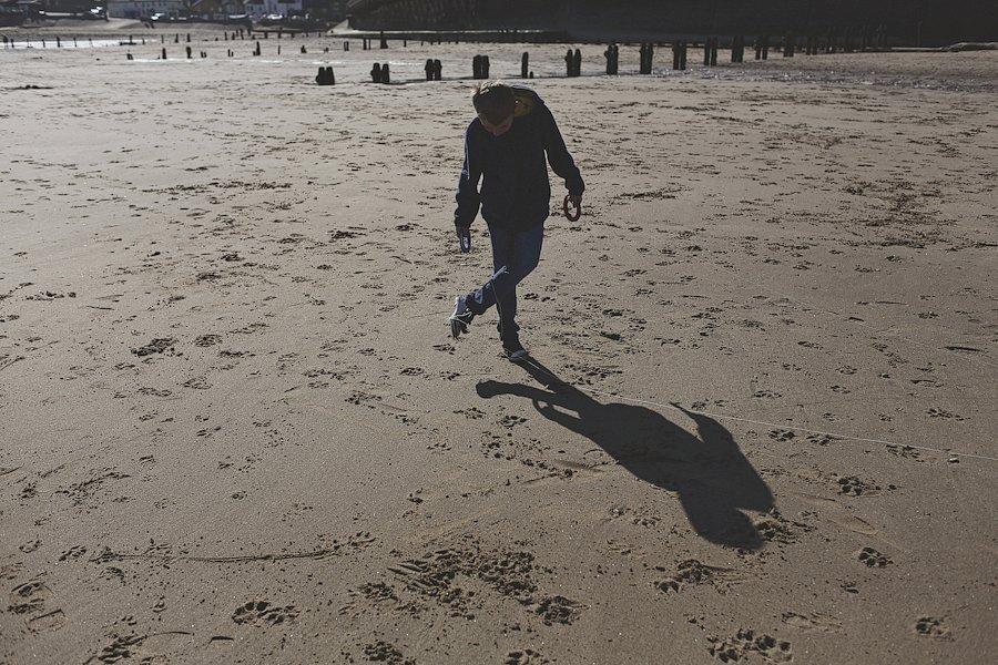 Sandsend-beach-portraits-family-16