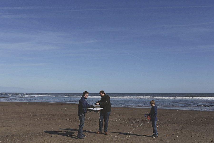 Sandsend-beach-portraits-family-3