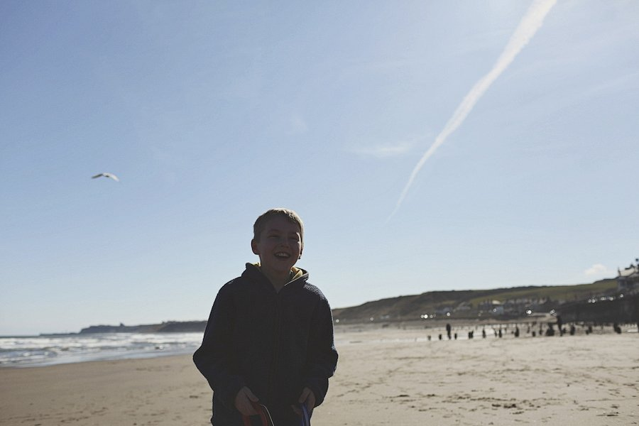 Sandsend-beach-portraits-family-5