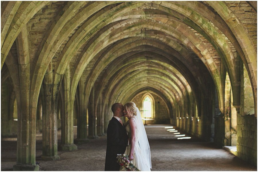 Fountains-Abbey-Wedding-Photography_0046