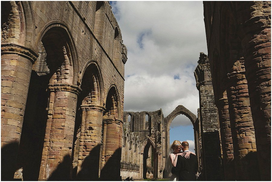 Fountains-Abbey-Wedding-Photography_0048