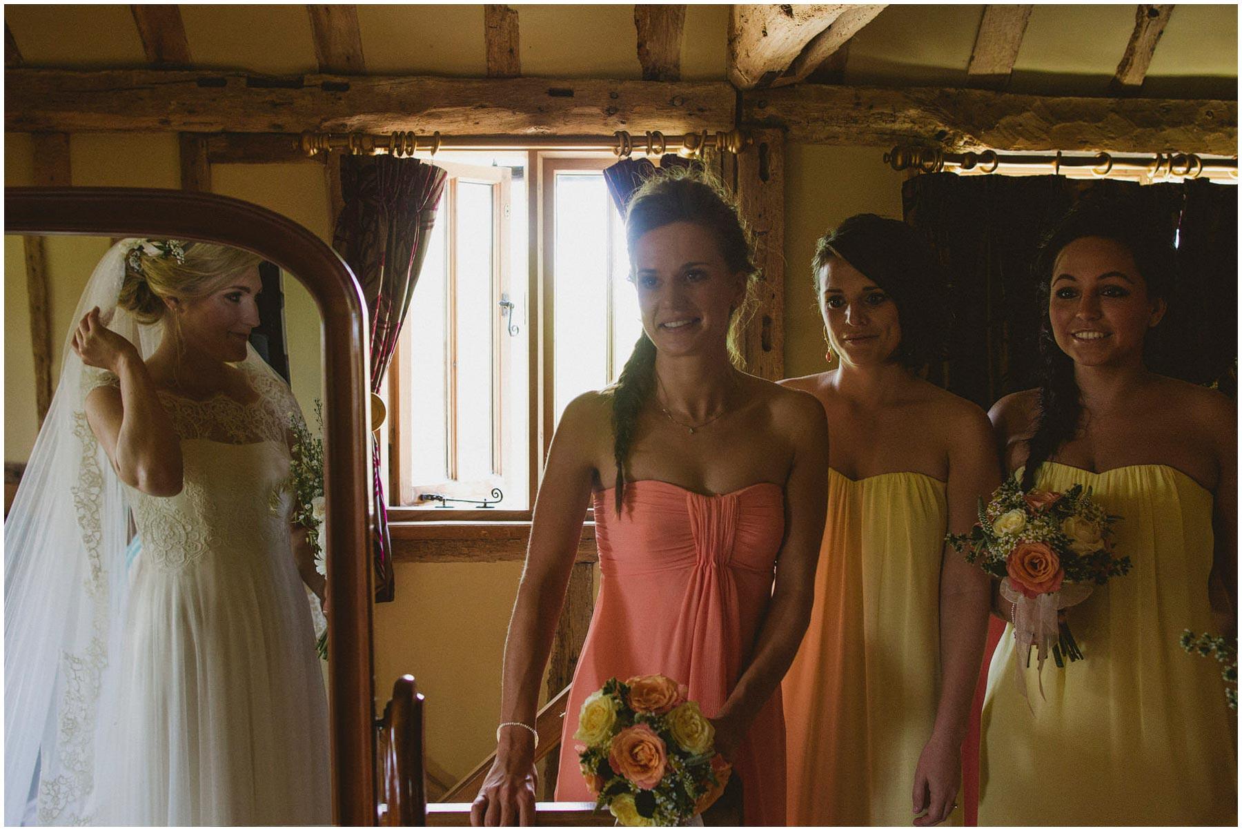 Kent-Festival-Tipi-wedding-photography_0041