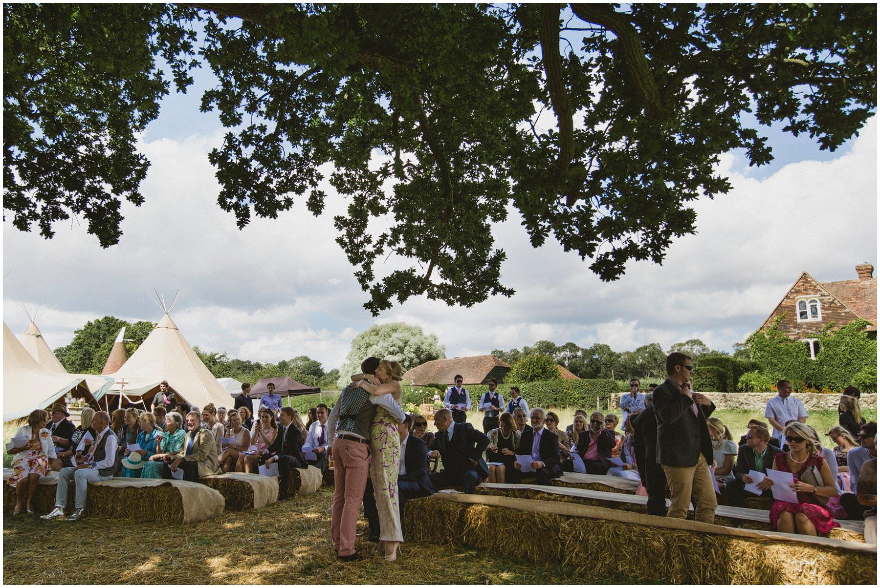 Kent-Festival-Tipi-wedding-photography_0054