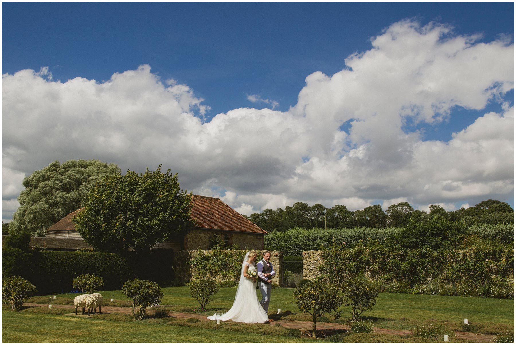 Kent-Festival-Tipi-wedding-photography_0055