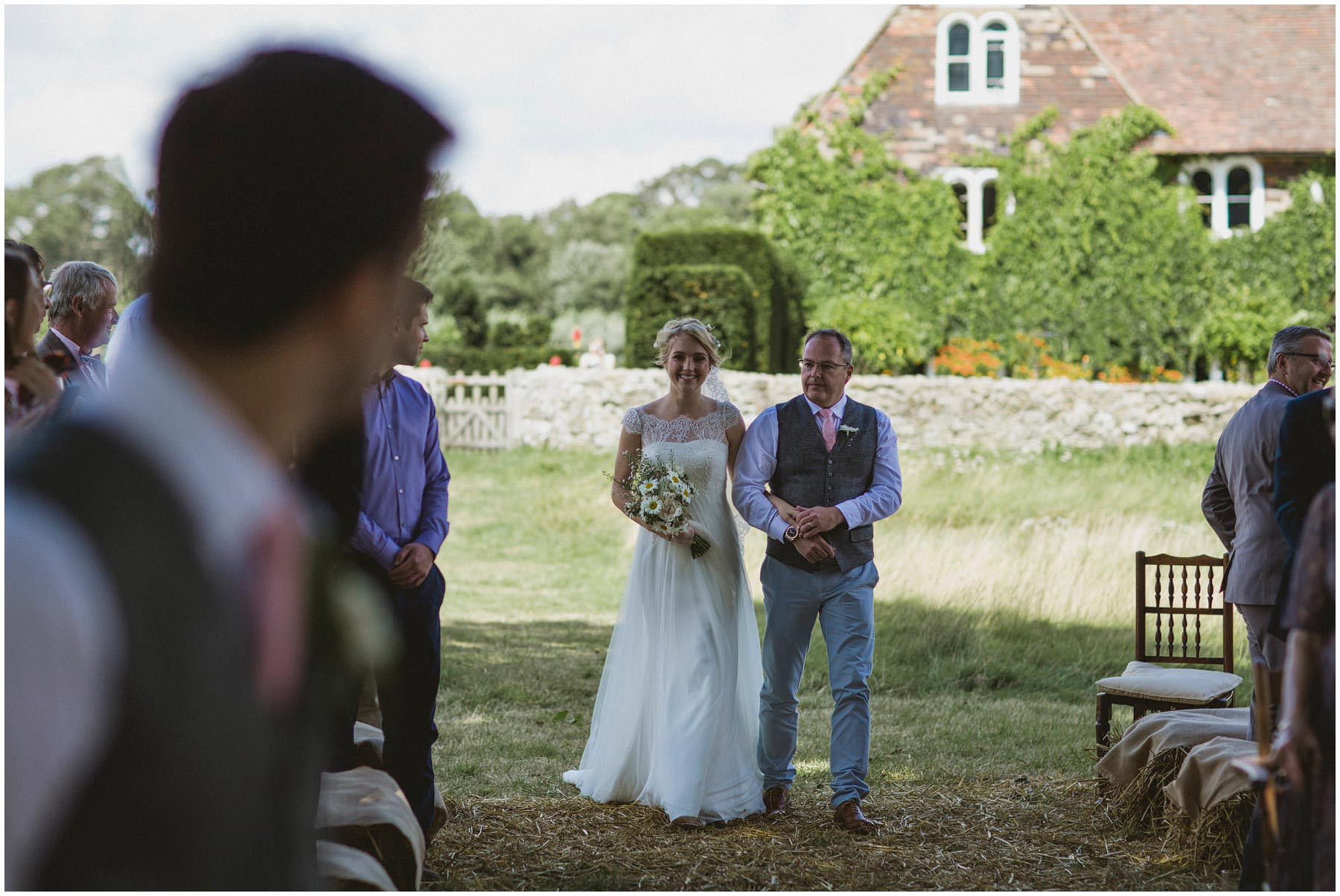 Kent-Festival-Tipi-wedding-photography_0060