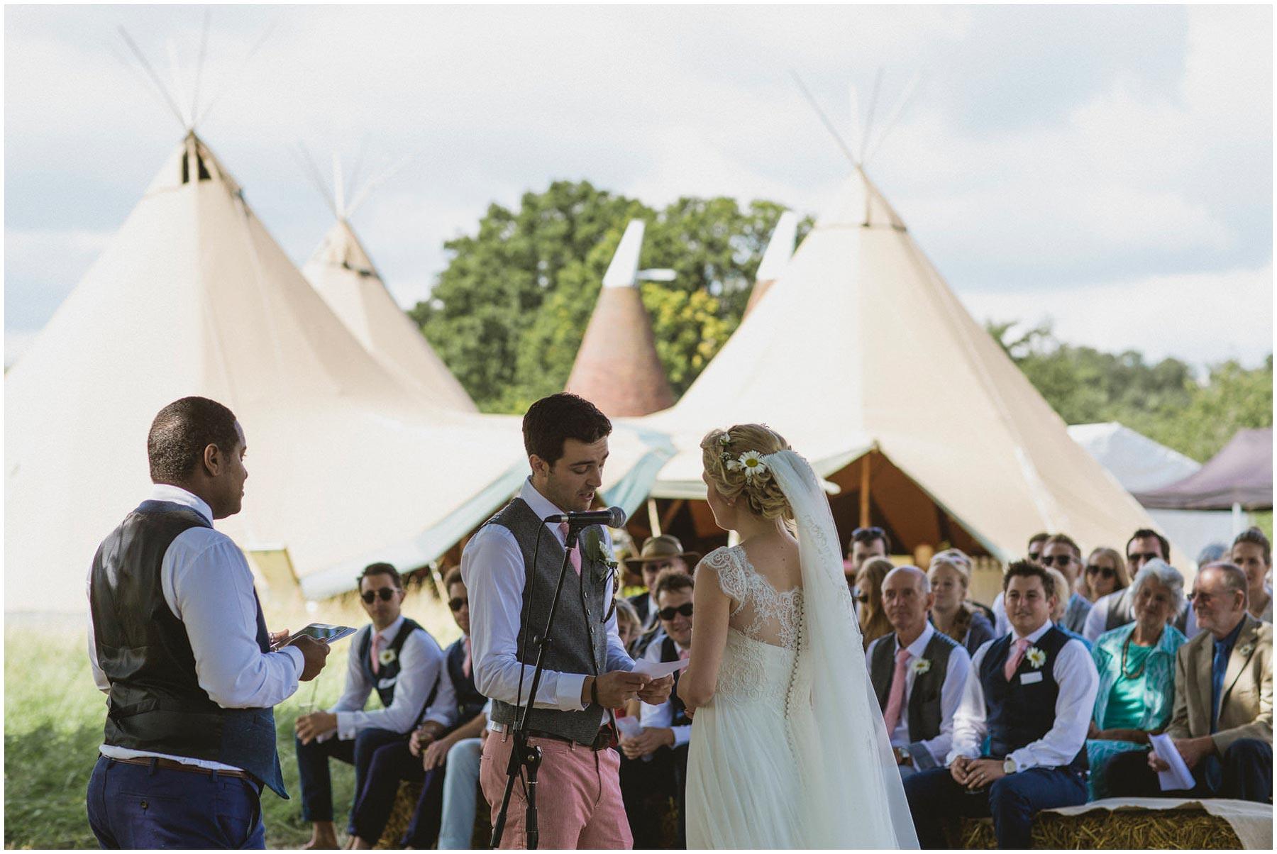 Kent-Festival-Tipi-wedding-photography_0067