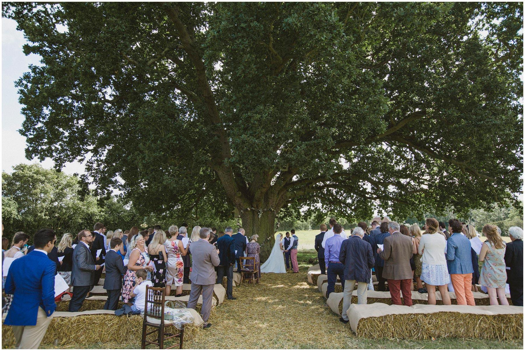 Kent-Festival-Tipi-wedding-photography_0079