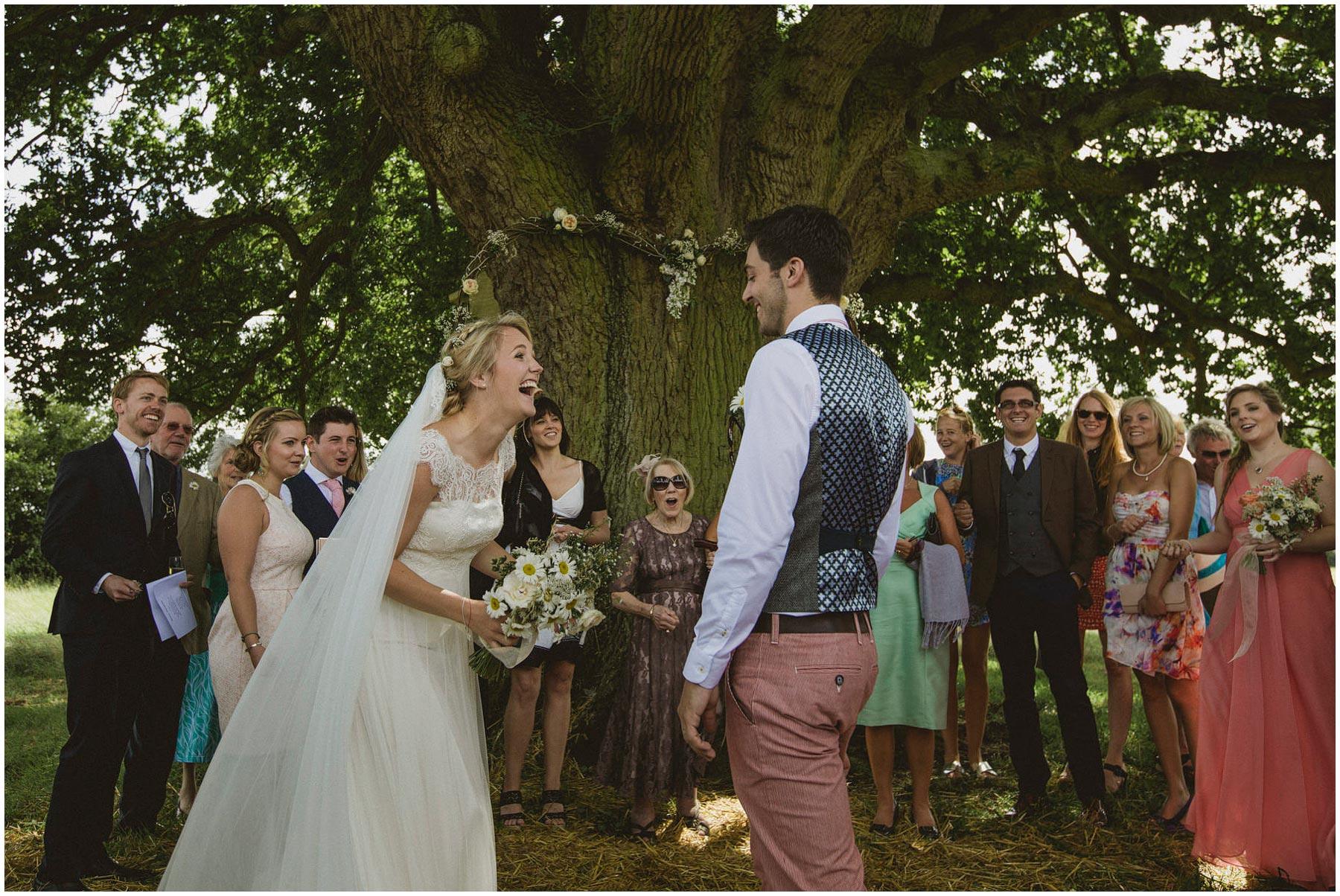 Kent-Festival-Tipi-wedding-photography_0084