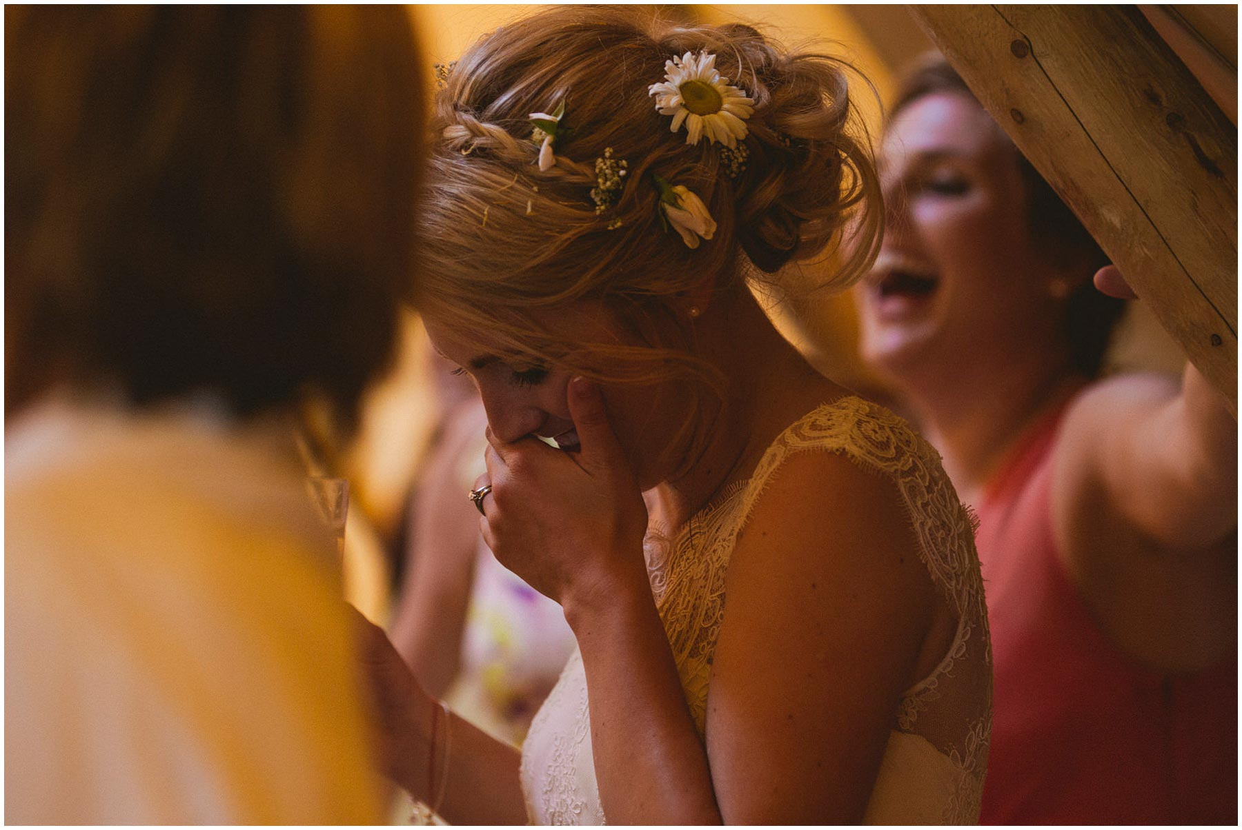 Kent-Festival-Tipi-wedding-photography_0117