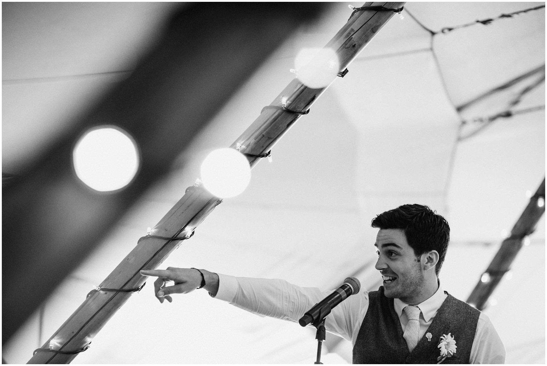 Kent-Festival-Tipi-wedding-photography_0125