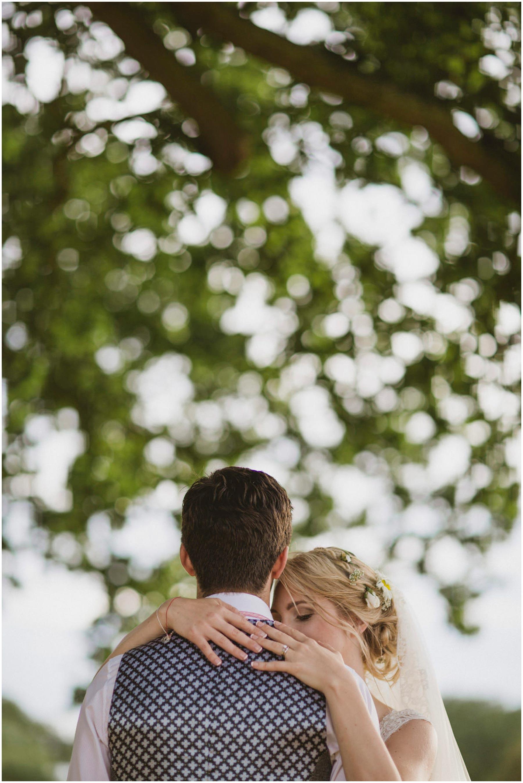 Kent-Festival-Tipi-wedding-photography_0134