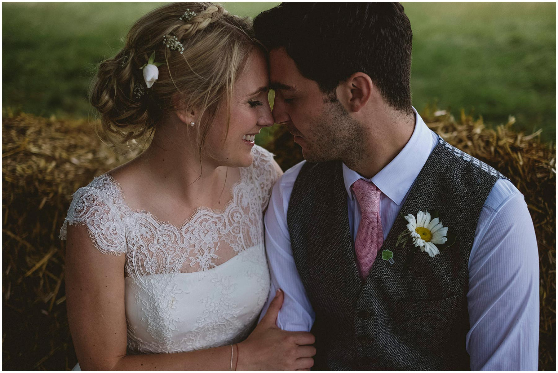 Kent-Festival-Tipi-wedding-photography_0145