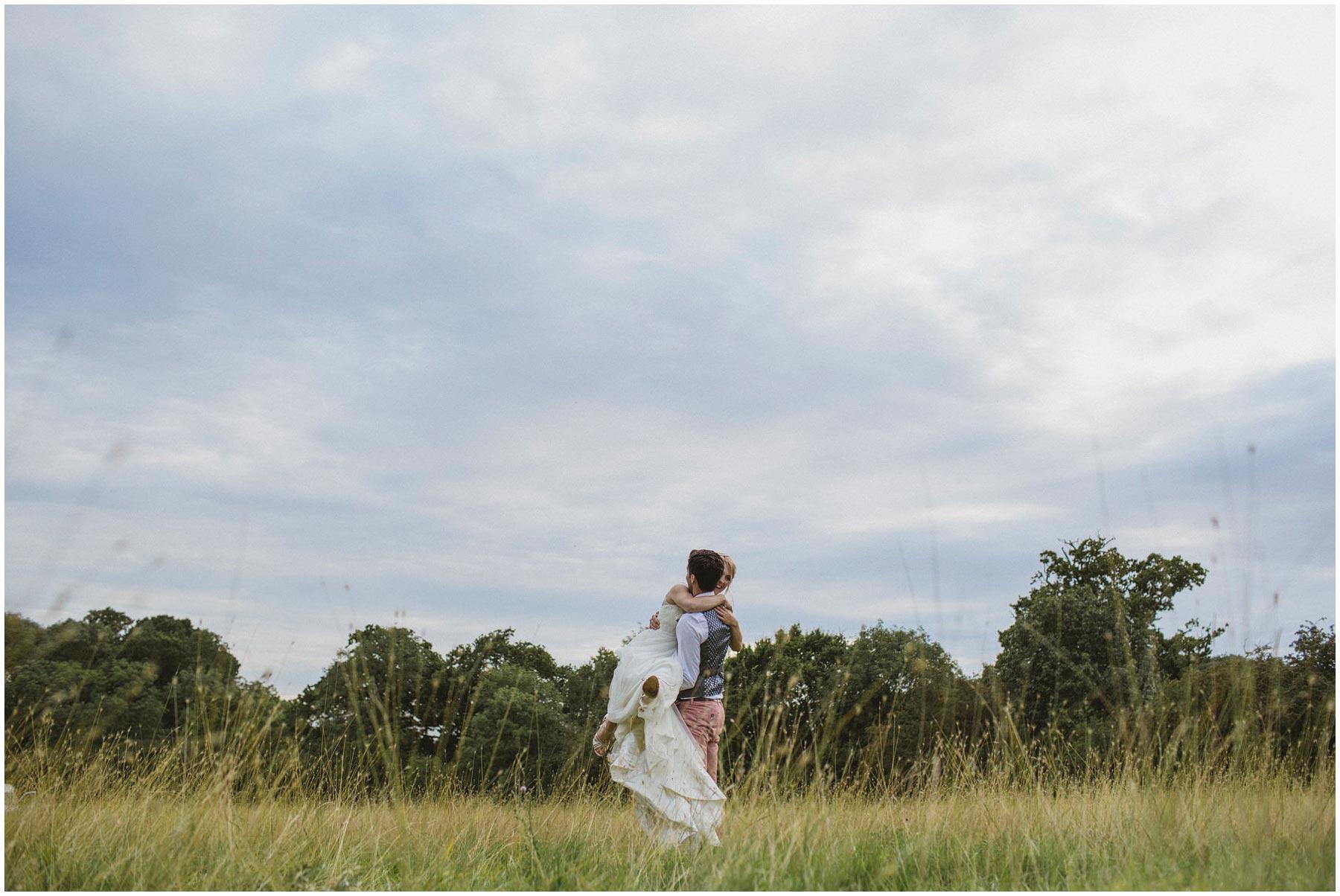 Kent-Festival-Tipi-wedding-photography_0149