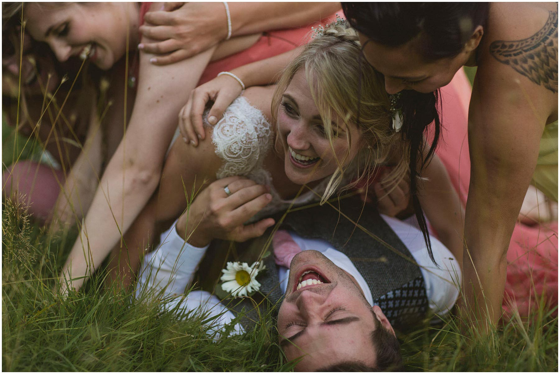 Kent-Festival-Tipi-wedding-photography_0154