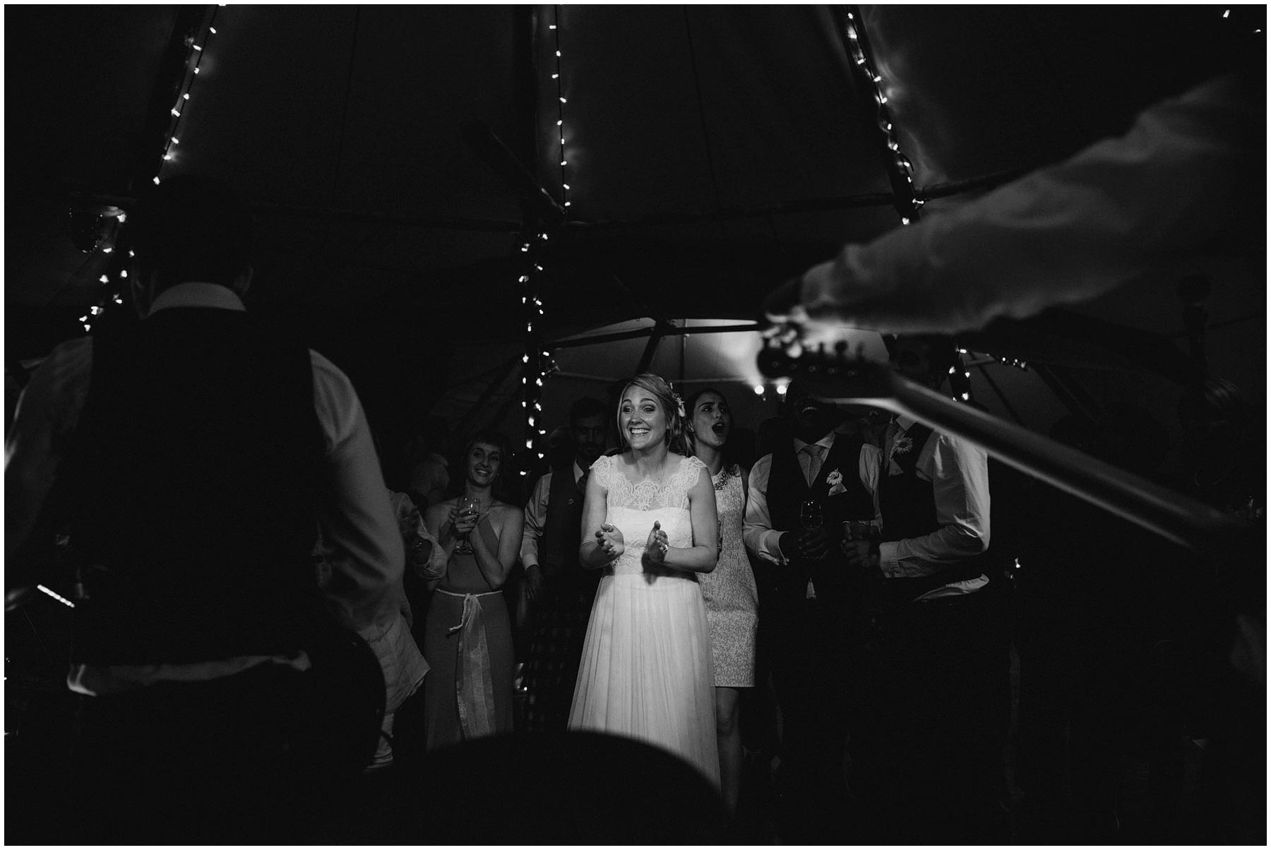 Kent-Festival-Tipi-wedding-photography_0183