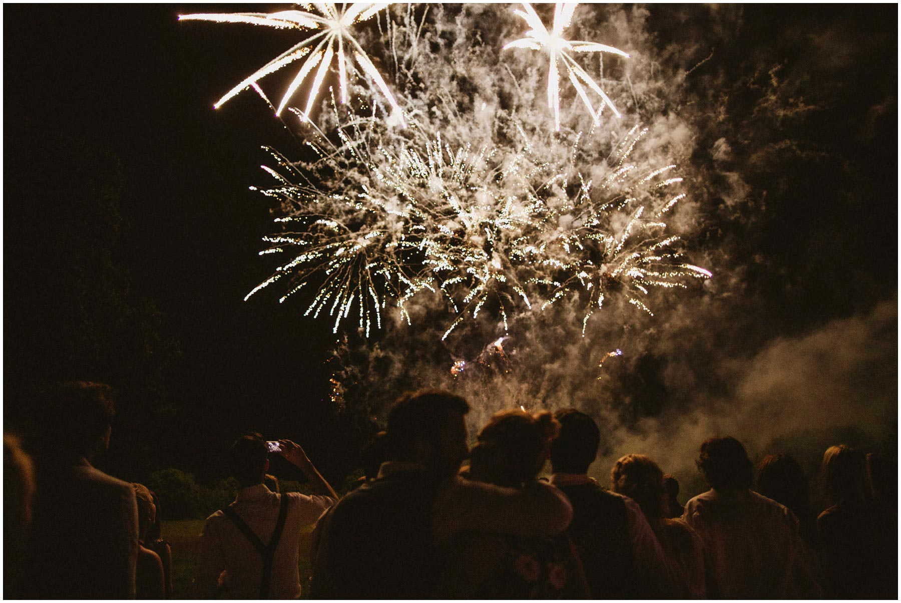 Kent-Festival-Tipi-wedding-photography_0195
