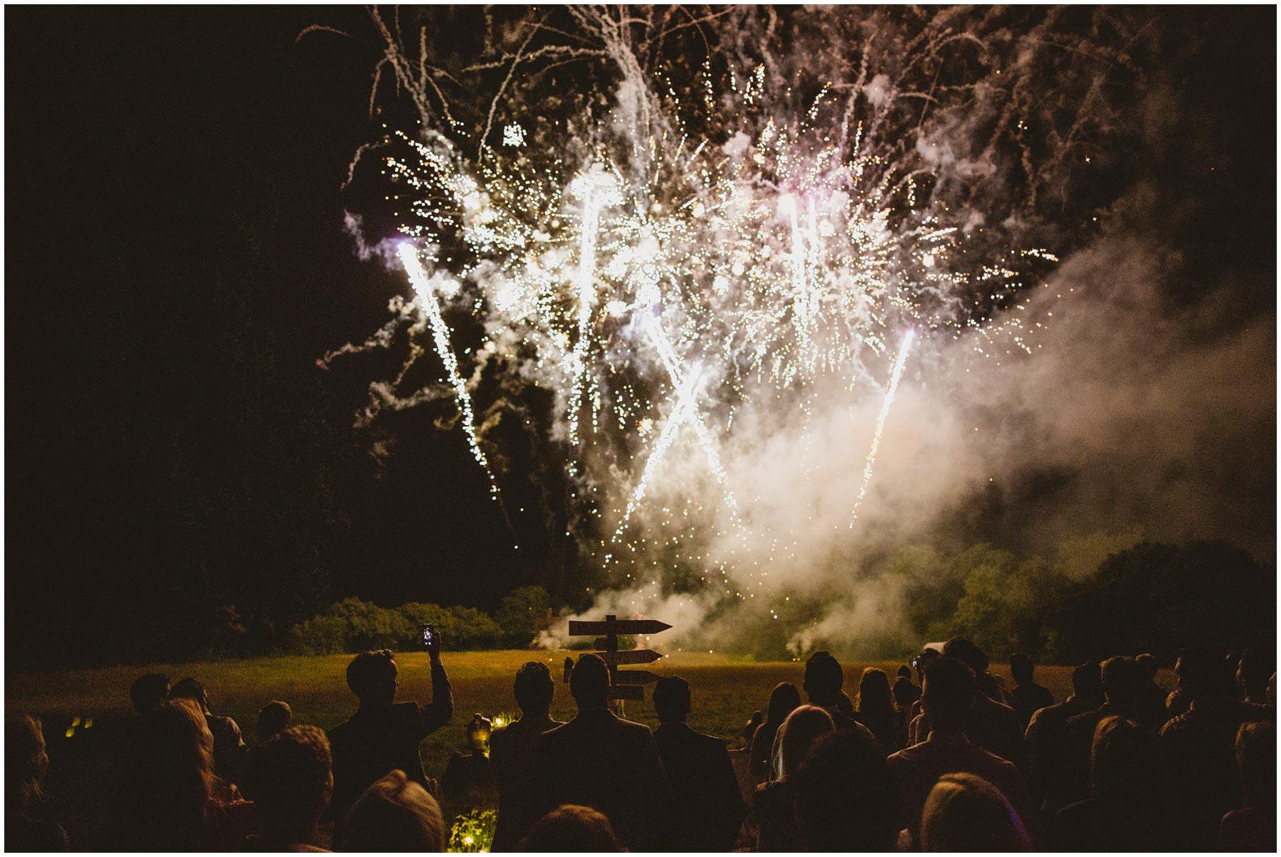 Kent-Festival-Tipi-wedding-photography_0197