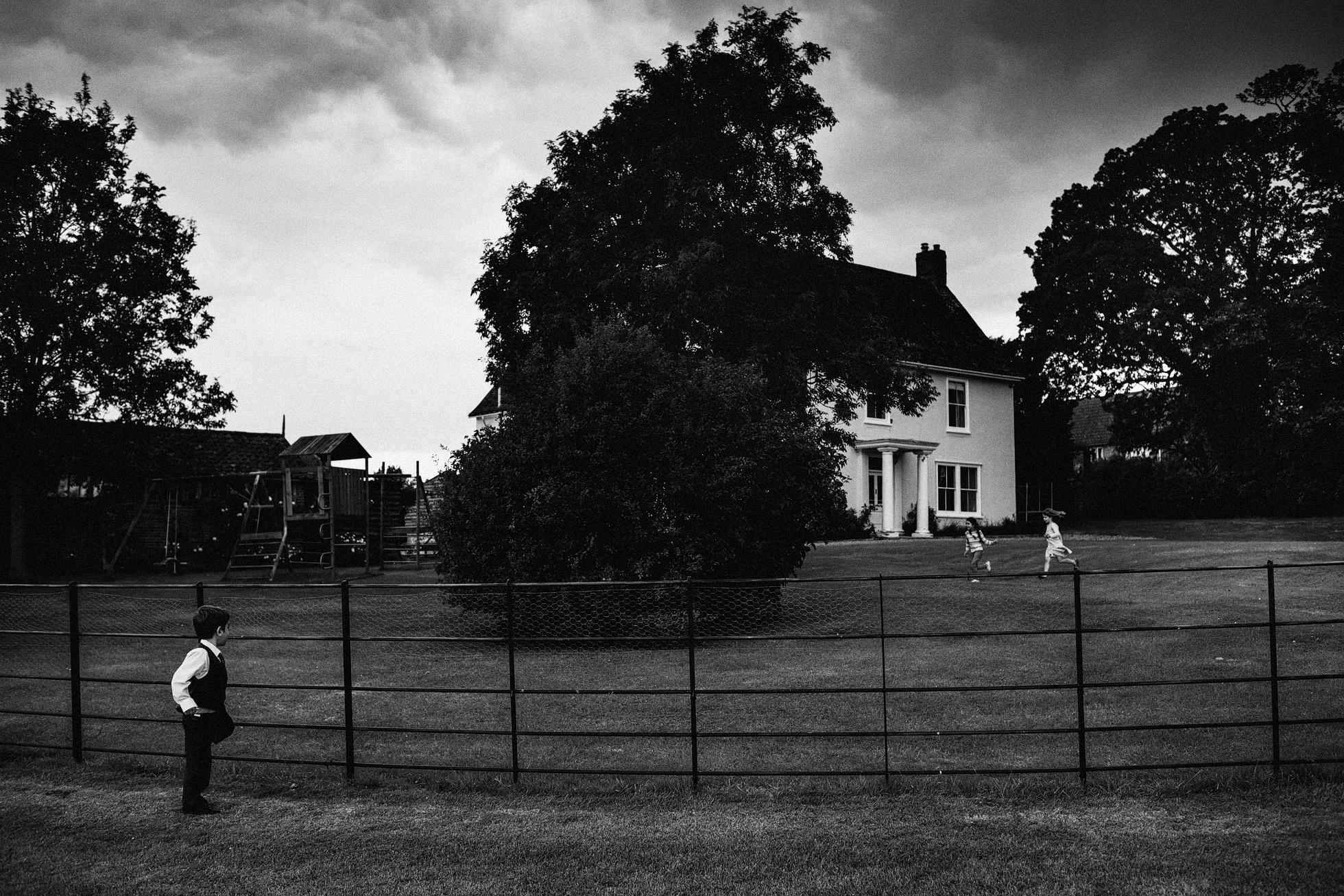 035-Suffolk-Barn-Wedding-Photographer