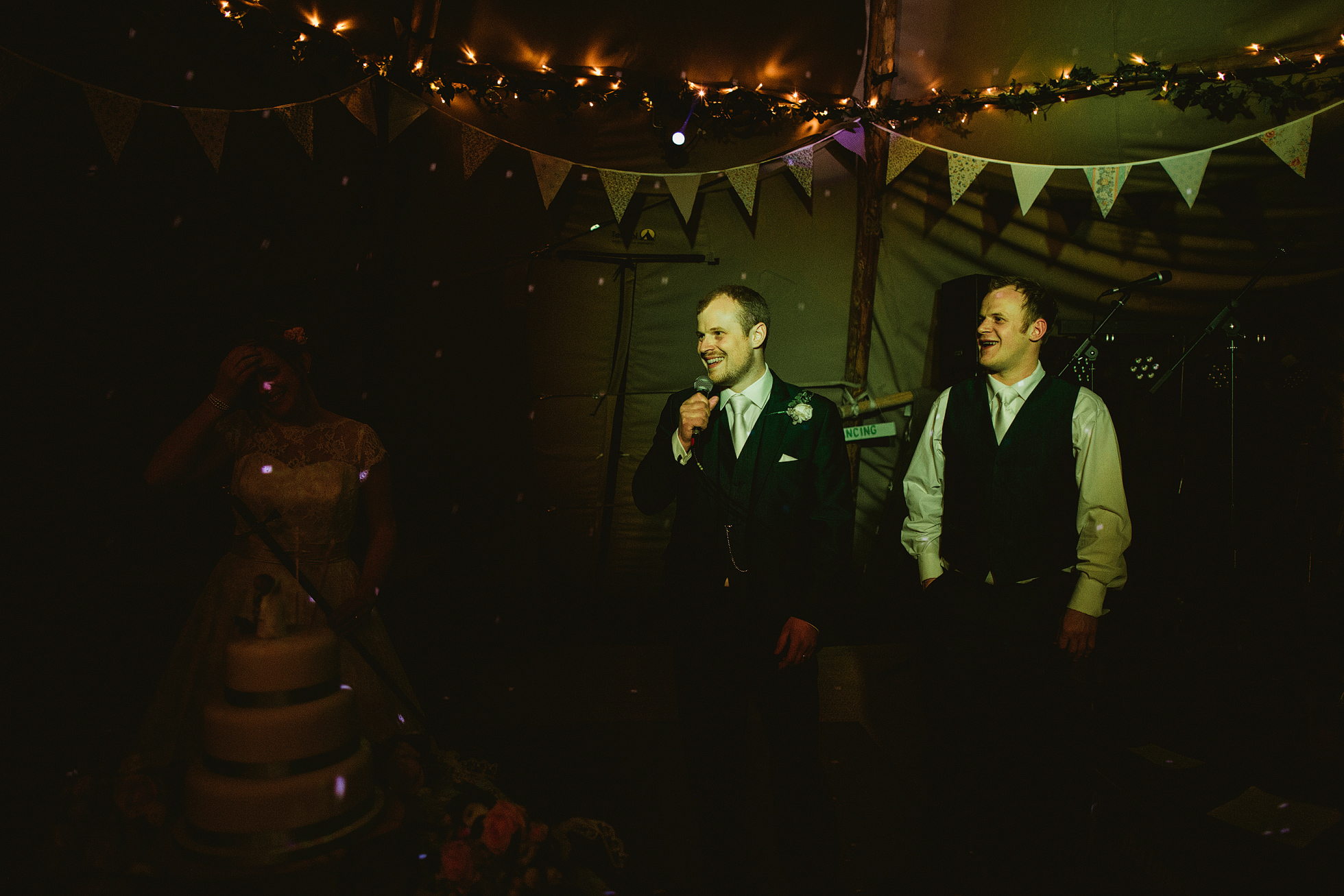 uk wedding photography with the fuji xt1 and leica m