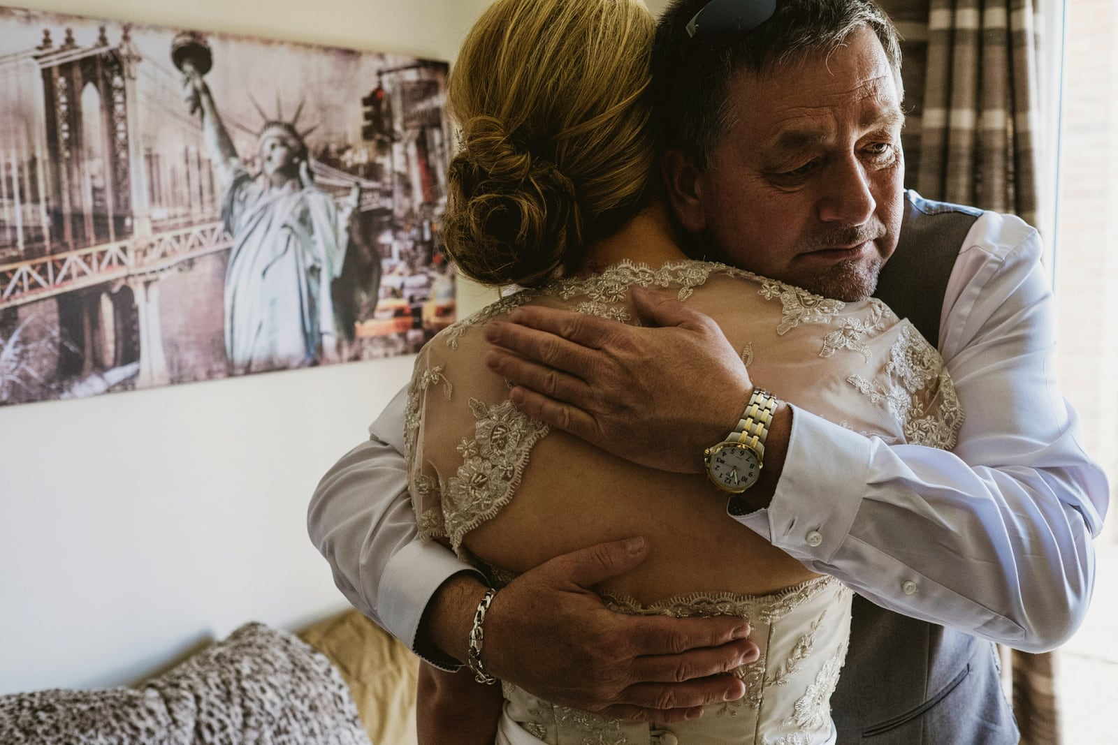 Emotional father and daughter wedding moments