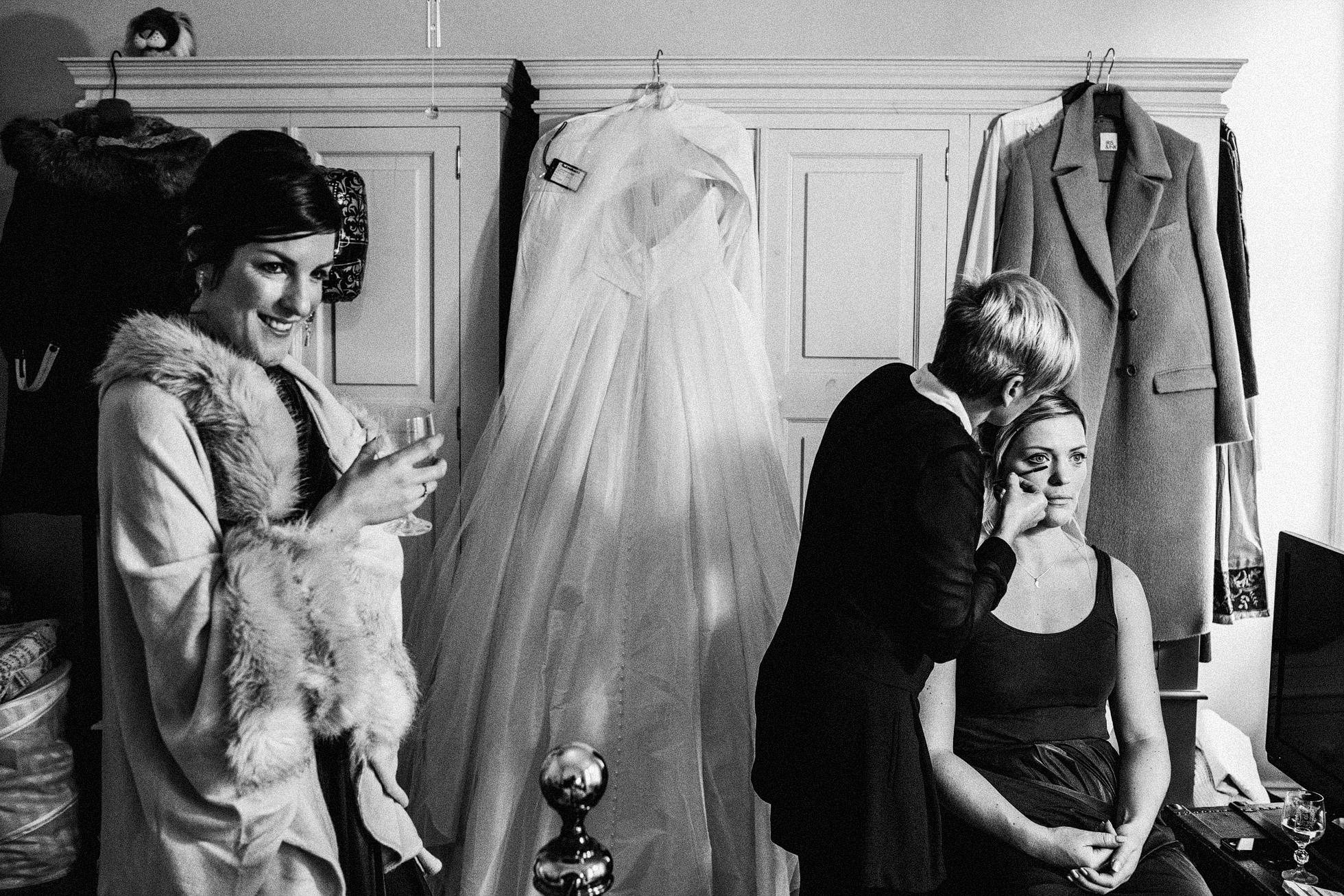 Barmbyfield Barn Bridal Preparations