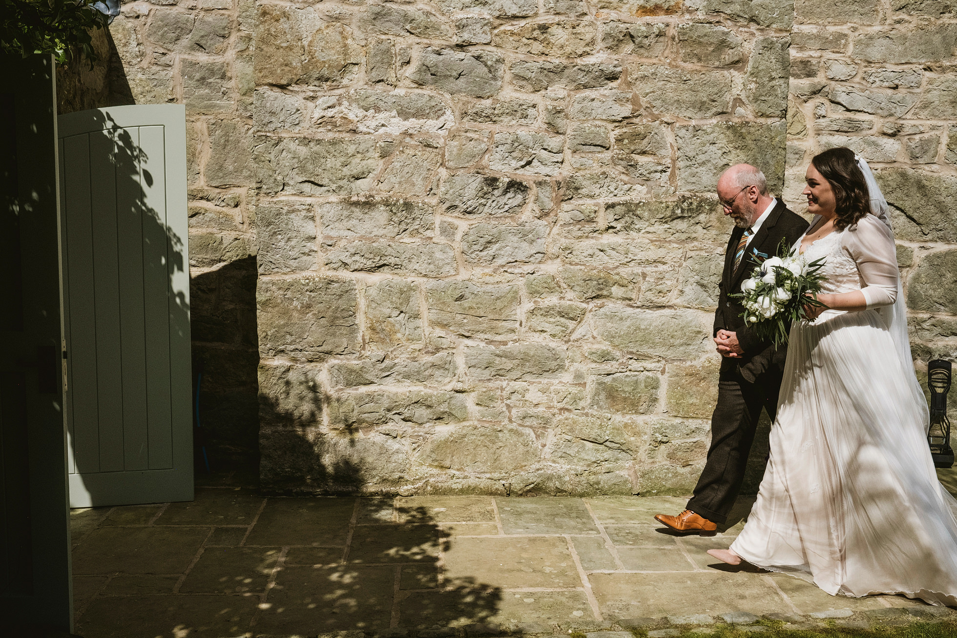back garden wedding photographers