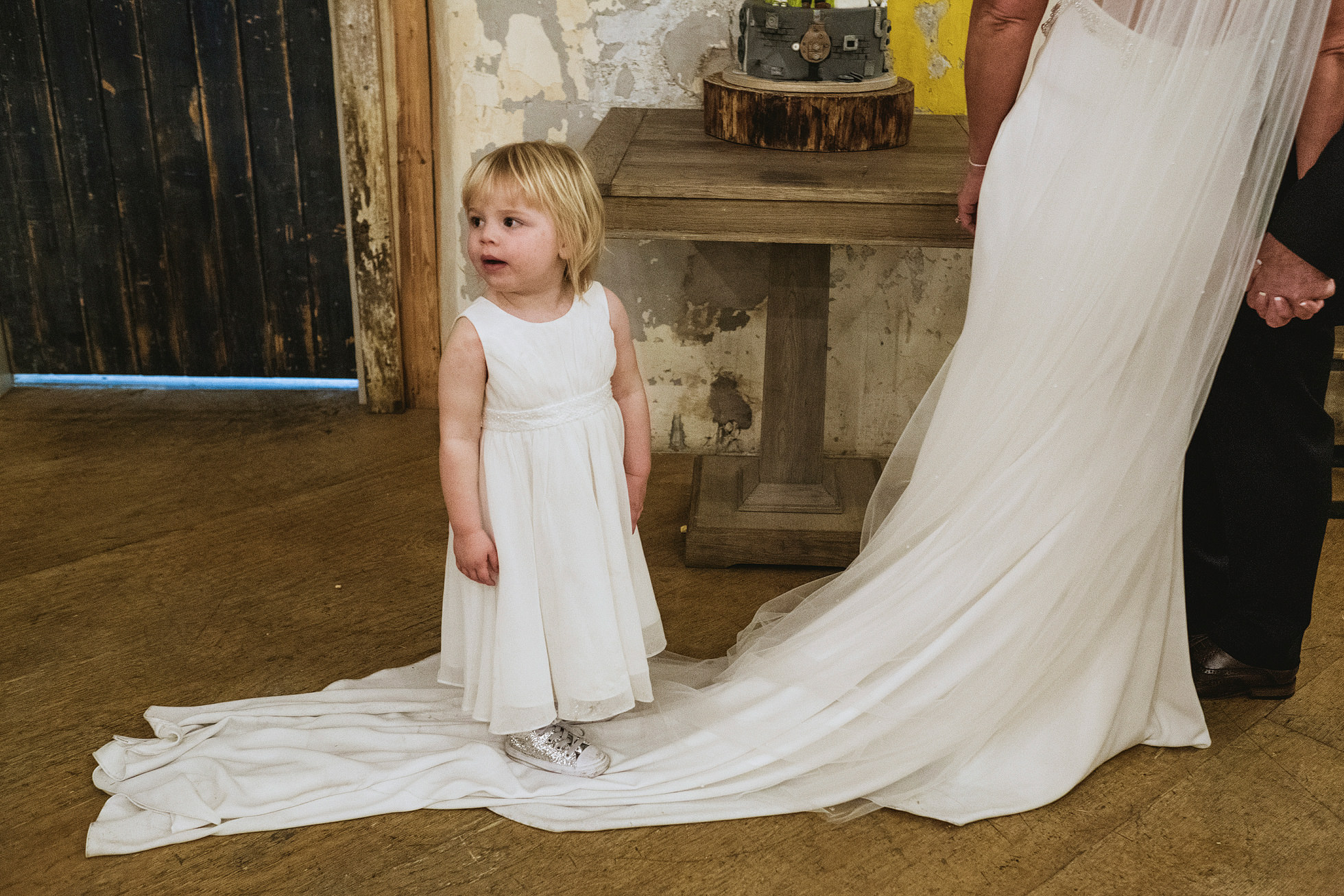 award winning reportage wedding photographers