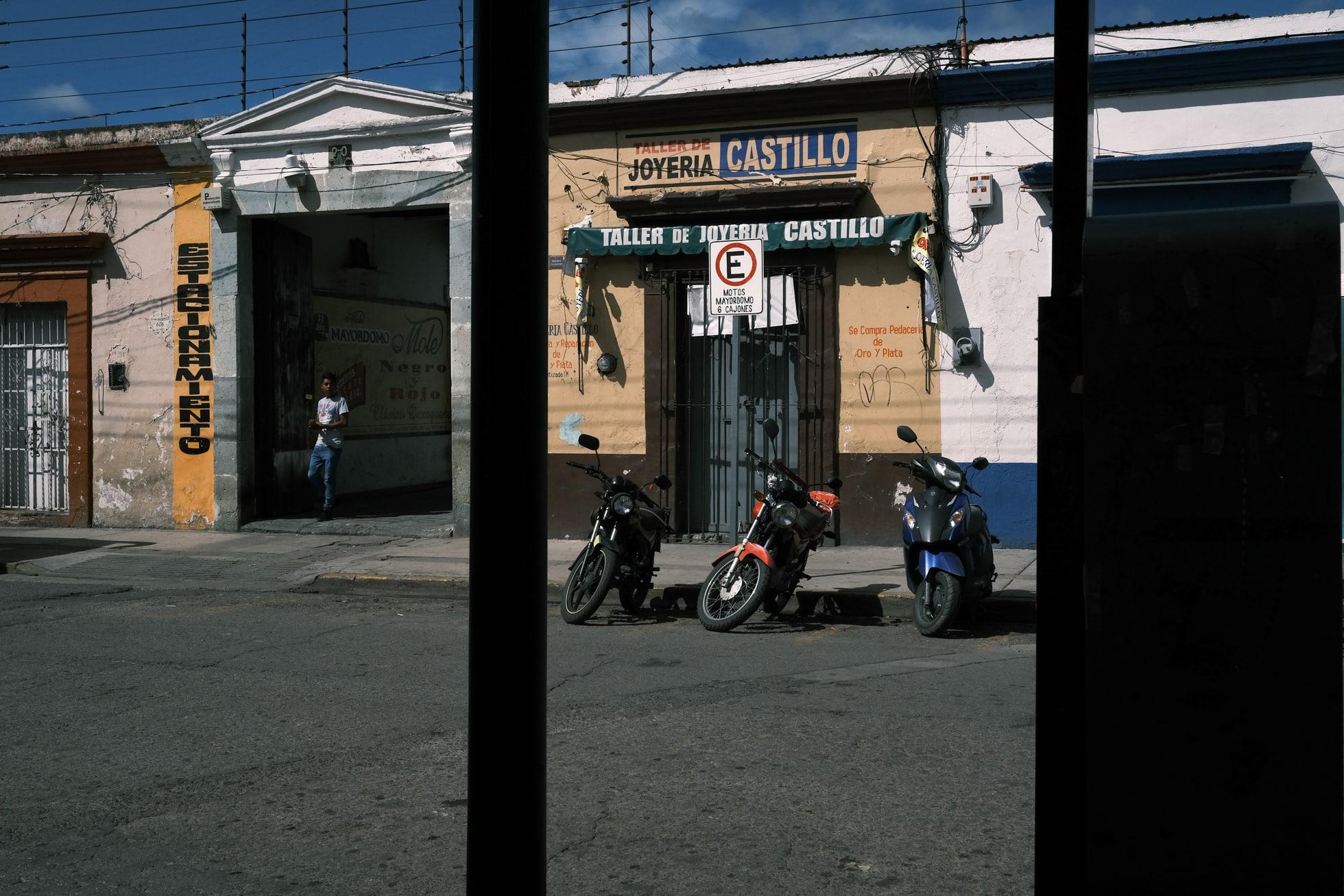 fujifilm-x-pro3-oaxaca-street-photography-14
