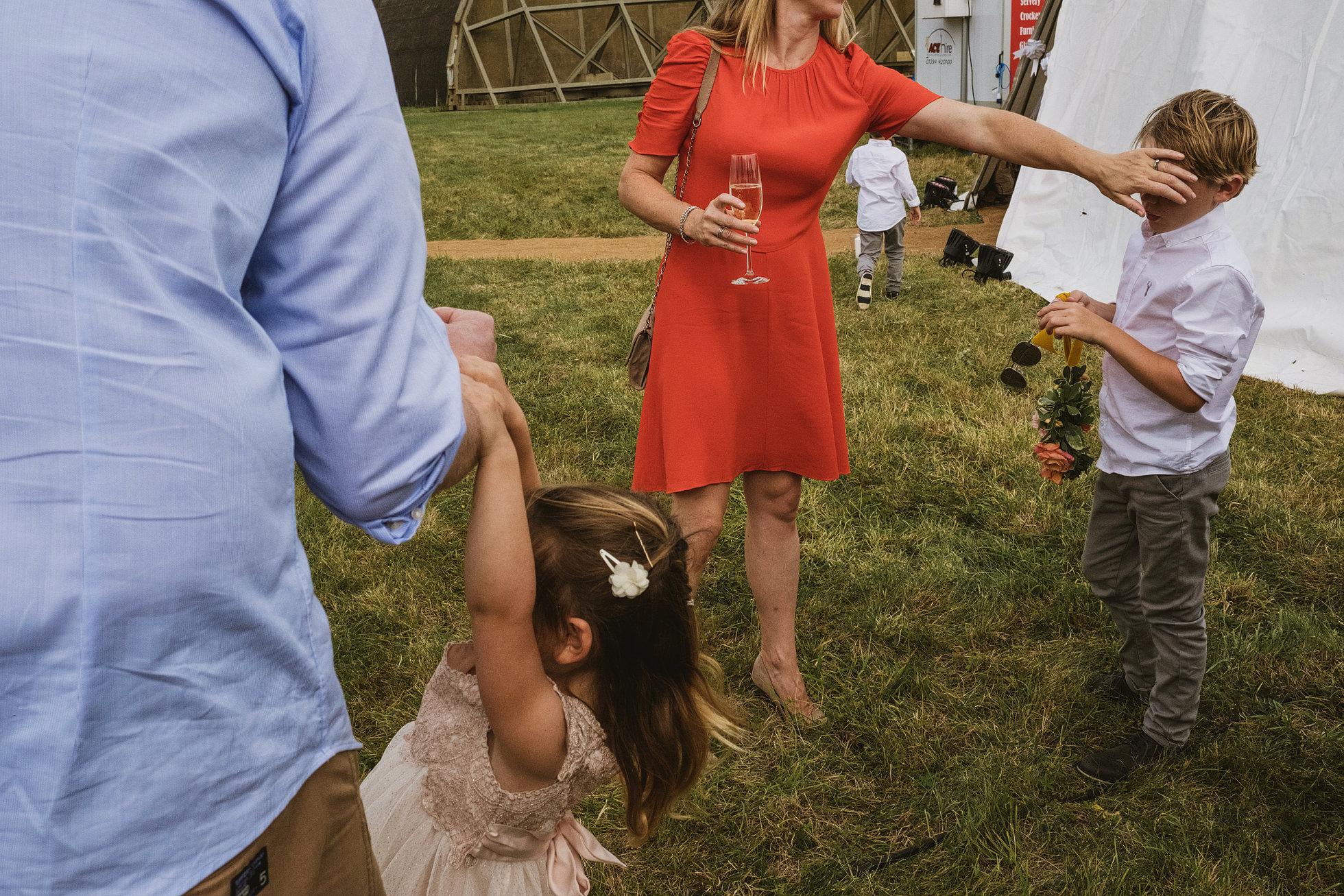 suffolk documentary wedding photographers