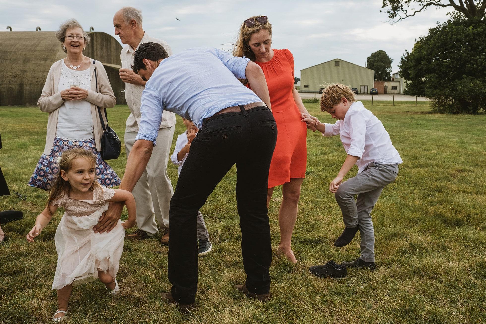 suffolk reportage wedding photographers