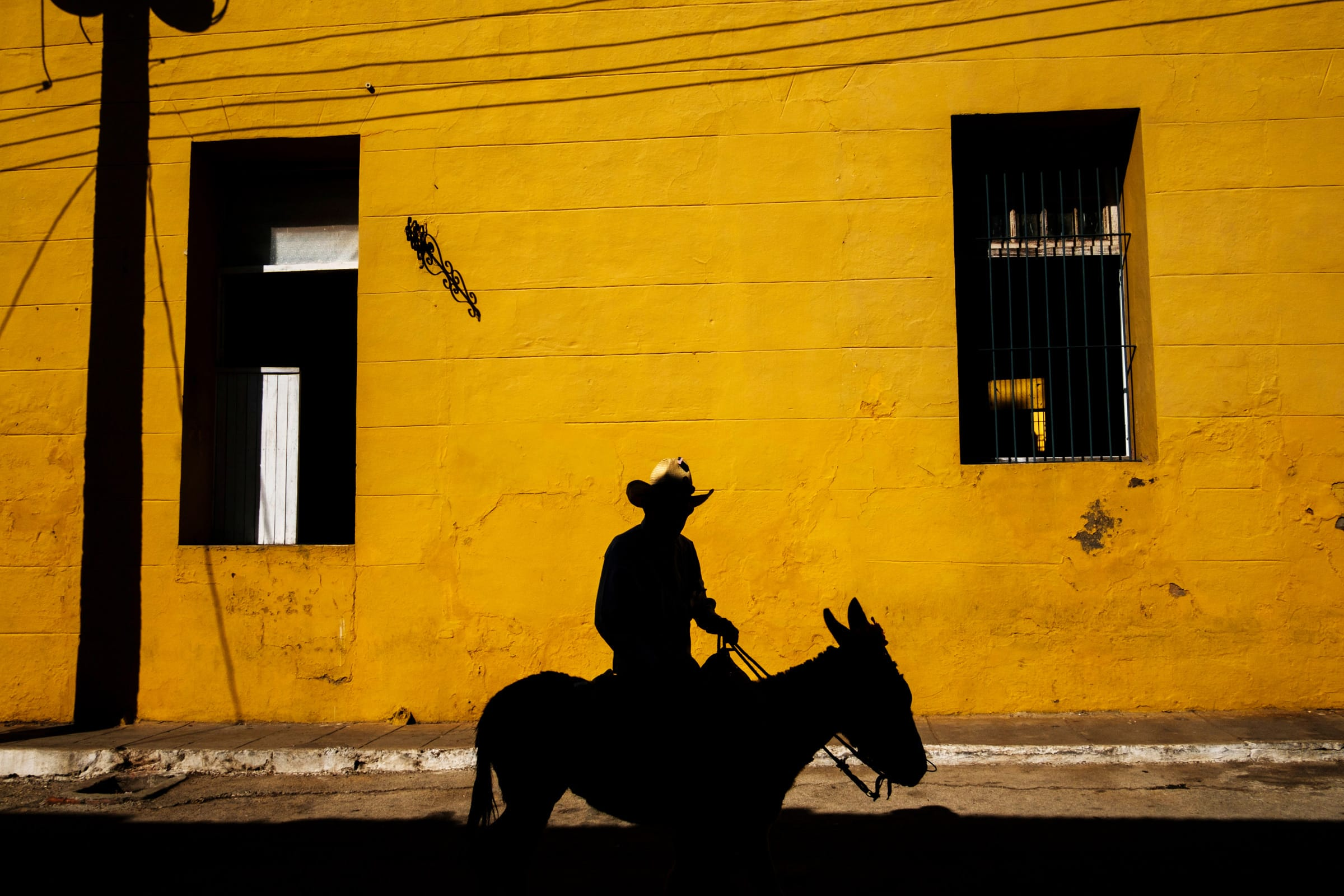 Cuba-Street-Photography-1