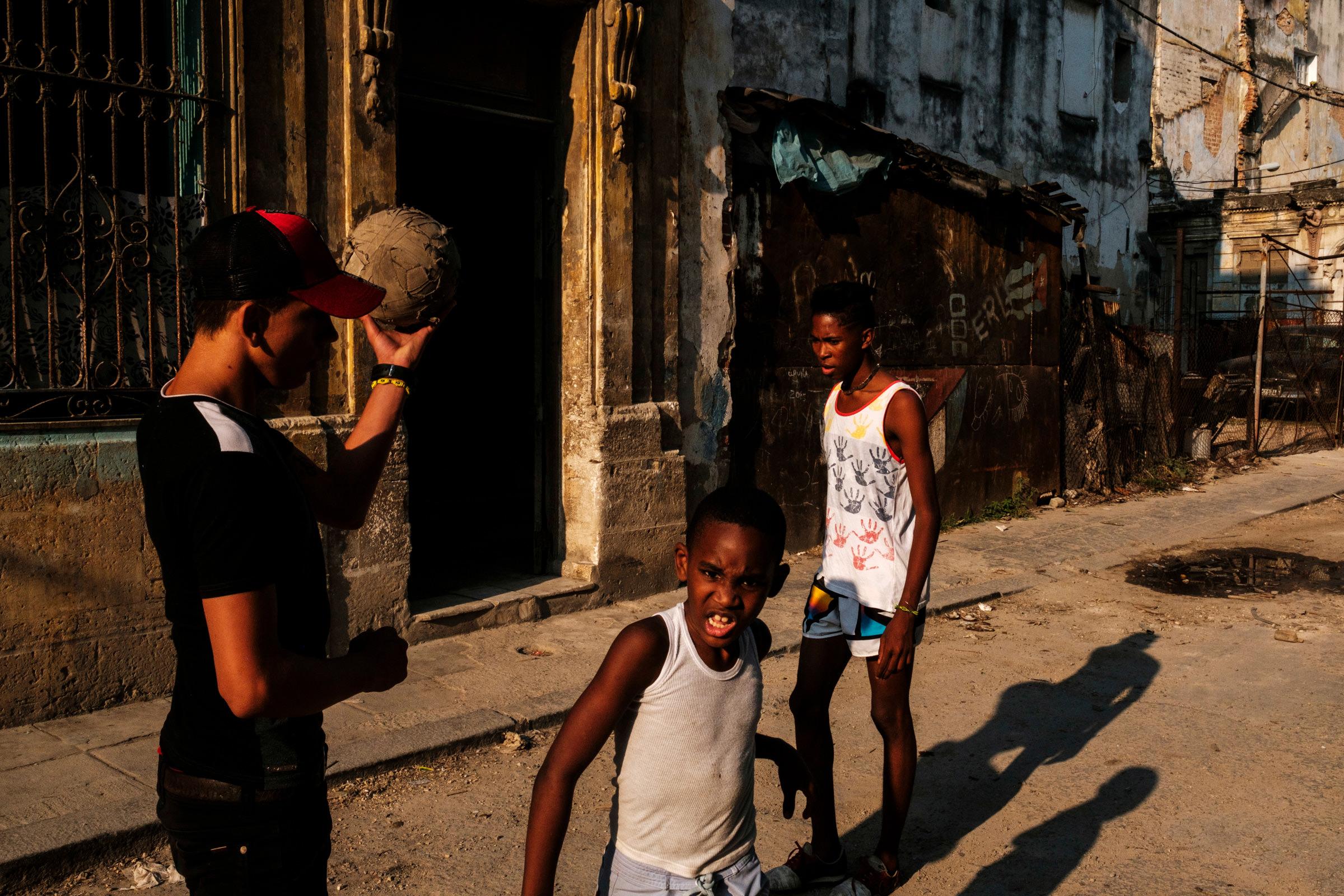 Cuba-Street-Photography-19