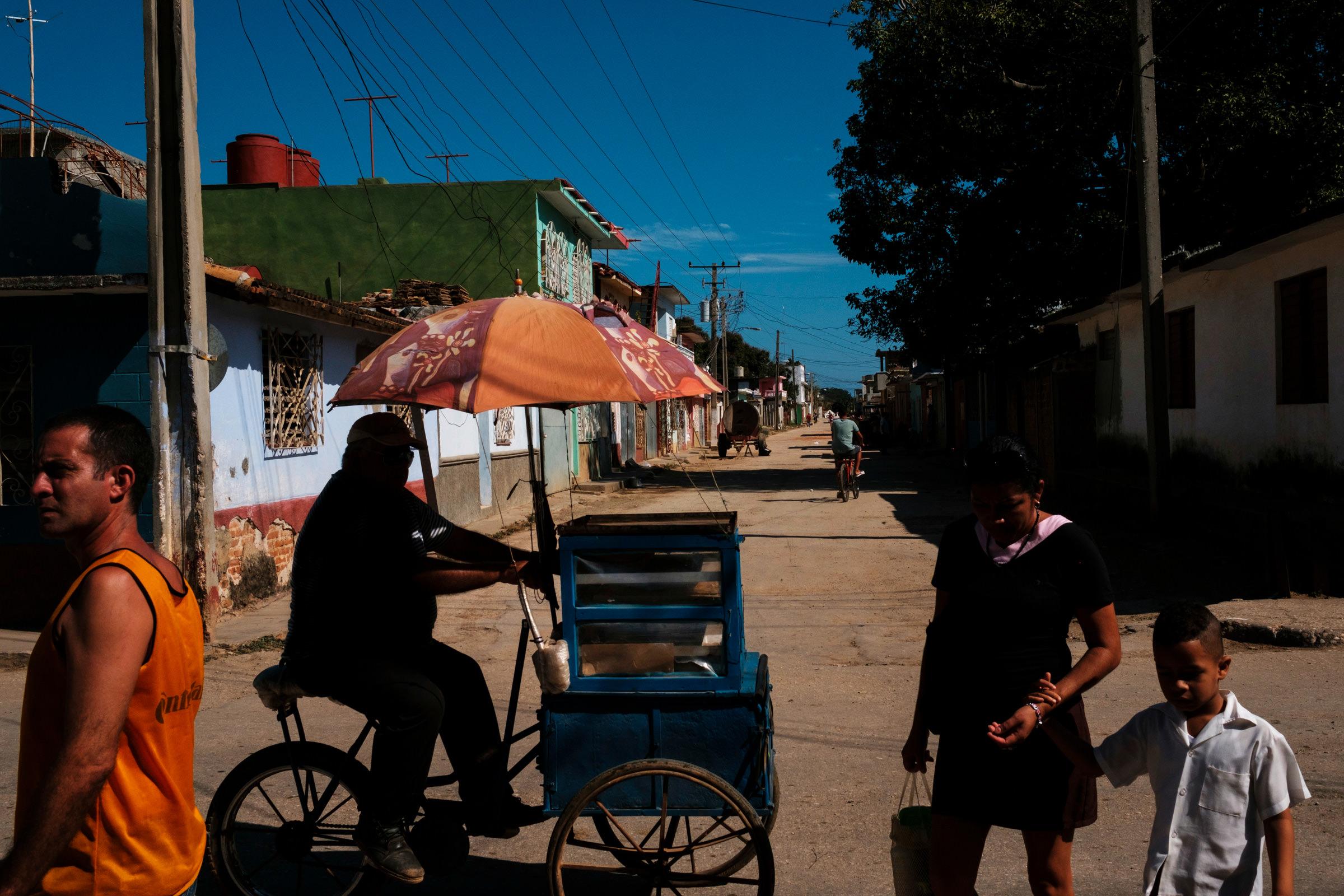 Cuba-Street-Photography-26