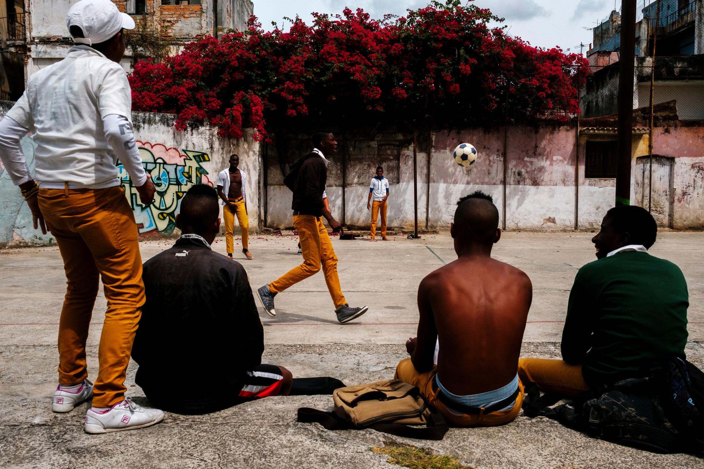 Cuba-Street-Photography-30
