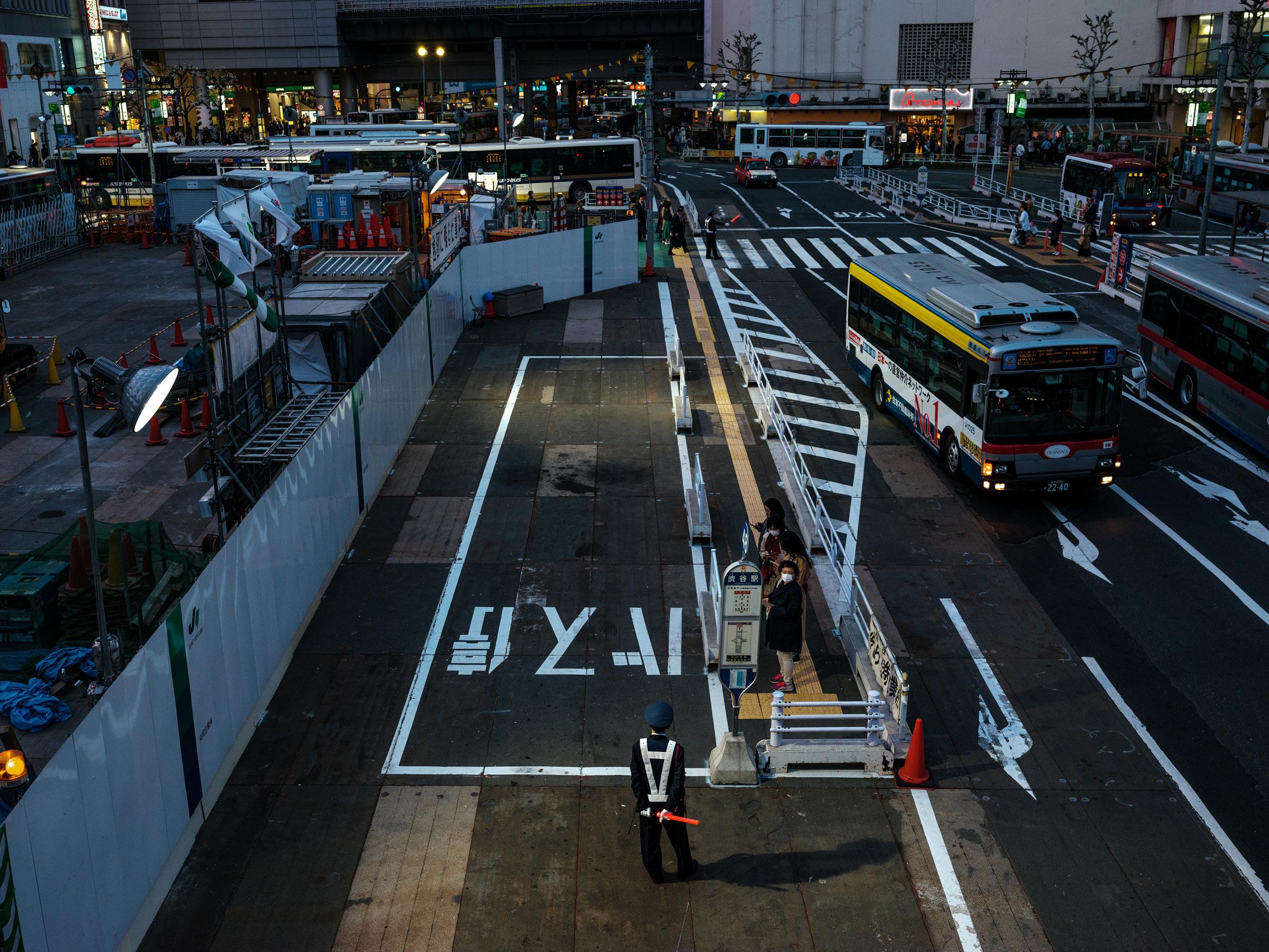 Fujifilm-GFX-Japan-Street-Photography-40