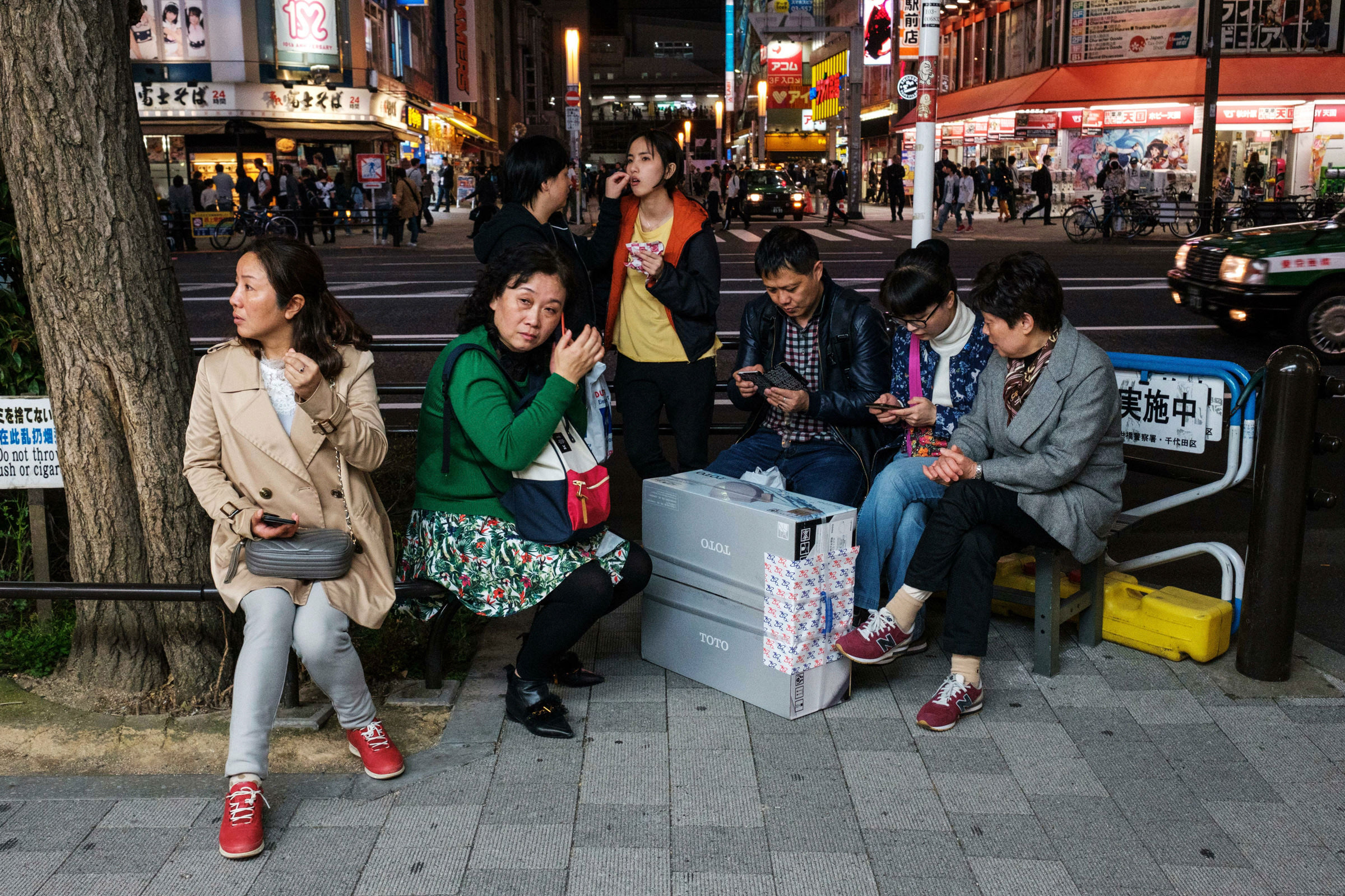 Japan-Street-Photography-46