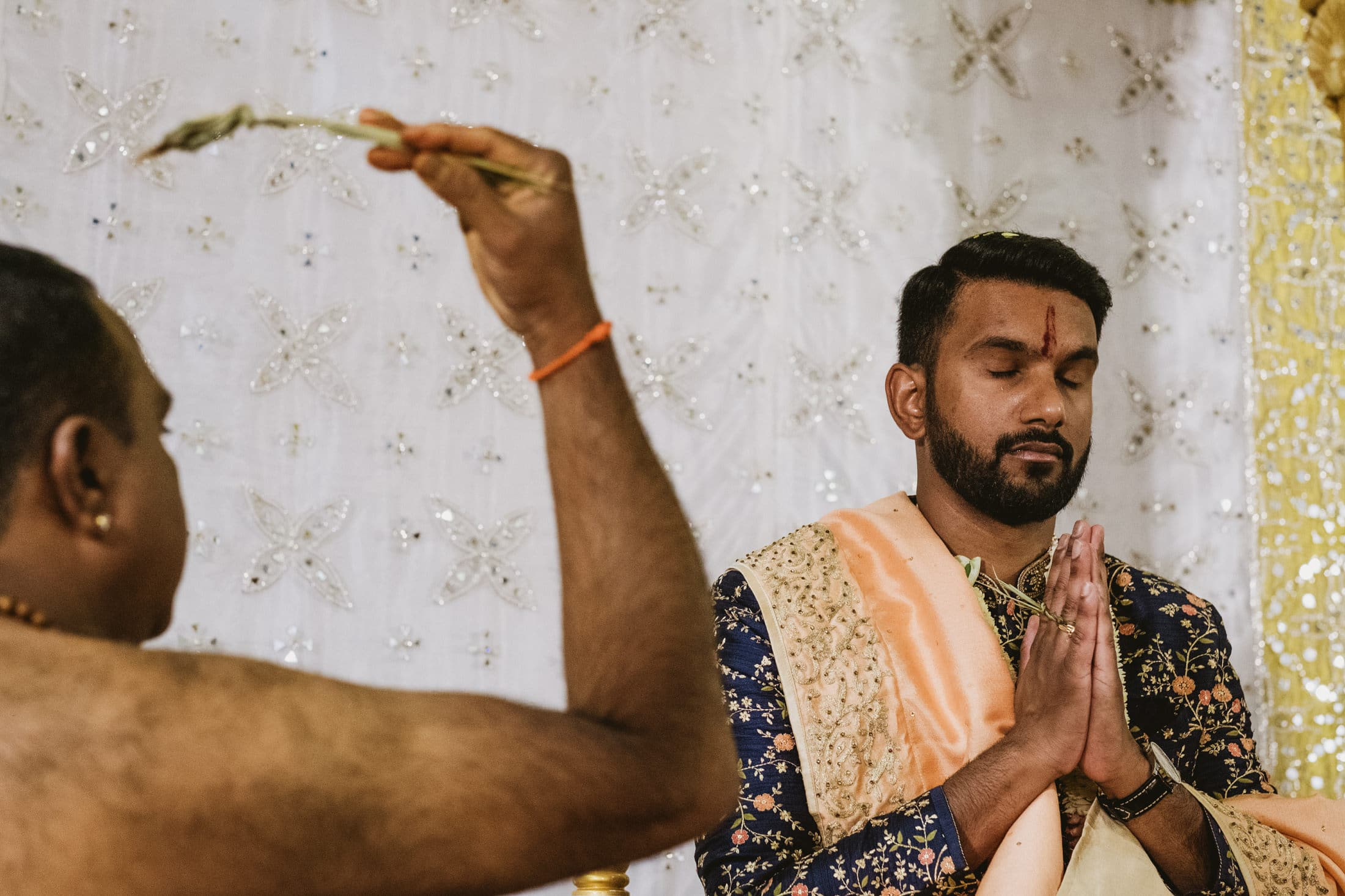 Shri Venkateswara Balaji Temple groom prayin