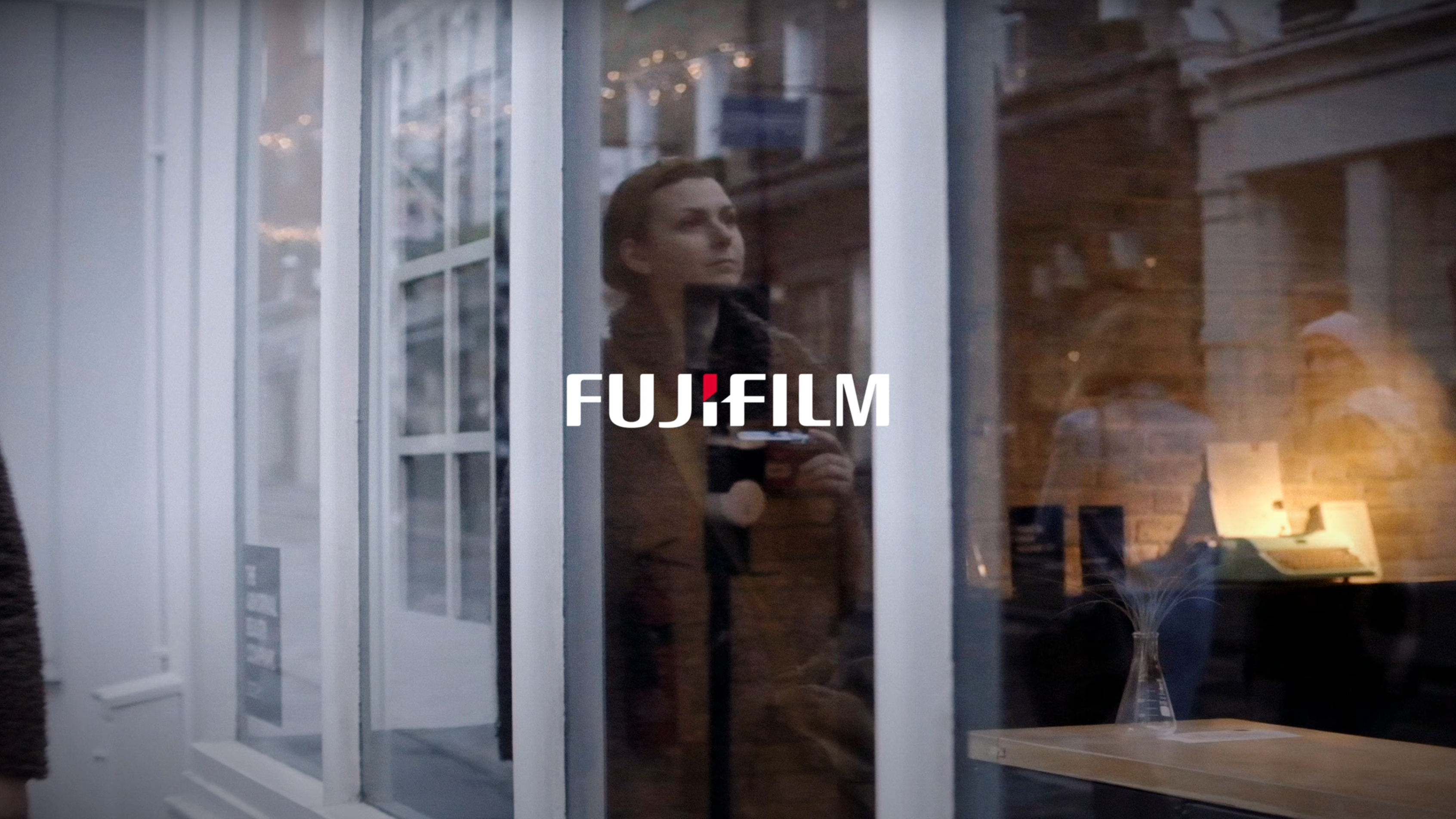 Fujifilm X Photographer, York Place Studios' Dominique Shaw photographs the streets of London in Fujifilm's latest commercial